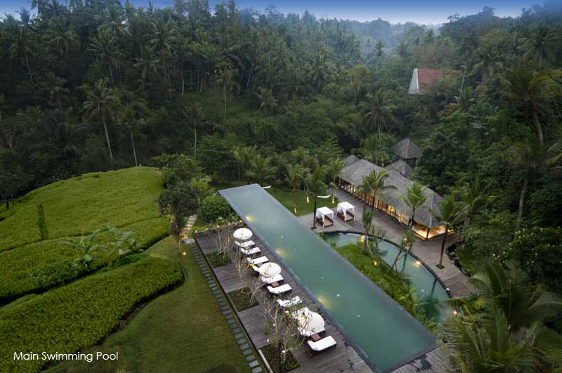 A luxury hotel in ubud bali komaneka resorts for Garden pool villa ubud